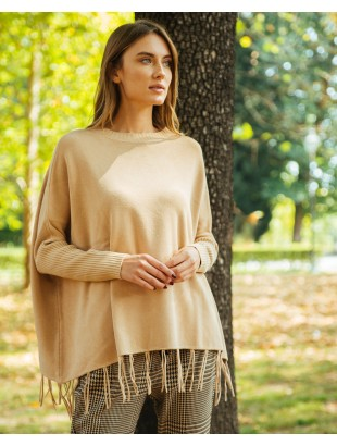 ROUND NECK PONCHO WITH FRINGES