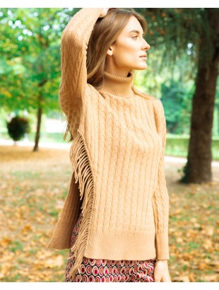 CRATER NECK SWEATER WITH BRAIDS PATTERN